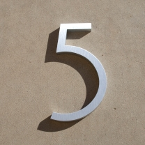 contemporary_house_numbers_5a